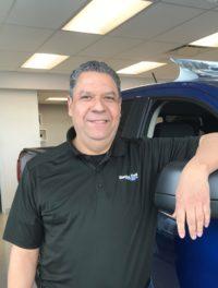 Geovanni Morales : Conseiller en ventes et location