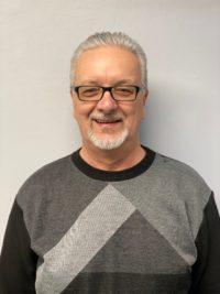 Mike Fournier : Assistant du département de pièces