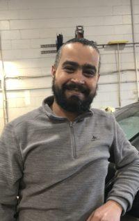 Omar Ayash Ahmed : Détaillant